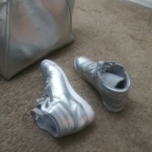 Metallic Reebok with Purse